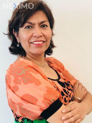 Asesor inmobiliario Elena Herrera