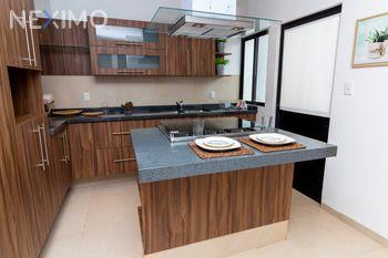 NEX-22954 - Casa en Venta, con 3 recamaras, con 3 baños, con 1 medio baño, con 165 m2 de construcción en Zibatá, CP 76269, Querétaro.