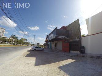 NEX-28185 - Local en Renta, con 1 medio baño, con 130 m2 de construcción en Cancún Centro, CP 77500, Quintana Roo.
