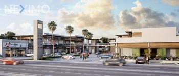 NEX-5882 - Local en Renta, con 2 baños, con 106 m2 de construcción en Zona Hotelera, CP 77500, Quintana Roo.