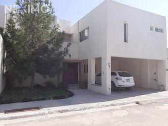 NEX-25936 - Casa en Venta, con 4 recamaras, con 2 baños, con 1 medio baño, con 341 m2 de construcción en Santa Anita, CP 27294, Coahuila de Zaragoza.