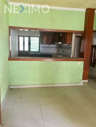 NEX-11641 - Casa en Venta, con 3 recamaras, con 3 baños, con 1 medio baño, con 181 m2 de construcción en Infonavit Grijalva, CP 29044, Chiapas.