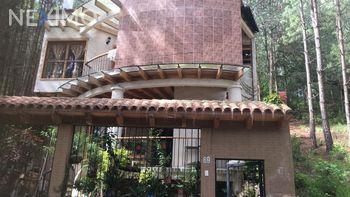 NEX-49519 - Casa en Venta, con 3 recamaras, con 3 baños, con 1 medio baño, con 250 m2 de construcción en San Nicolás, CP 29254, Chiapas.